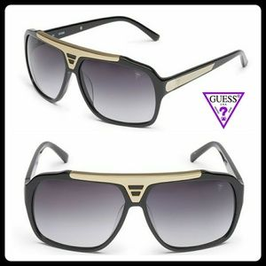 Guess LE Tiësto collection aviators for men.
